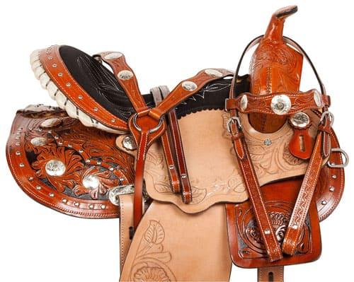 снаряжение лошадей, постой лошадей в Подмосковье, конюшня, аренда денников для лошадей, прокат лошадей в Подмосковье, уроки верховой езды, обучение верховой езде в Подмосковье, покататься на лошадях в Подмосковье, конные прогулки, прогулки на лошадях